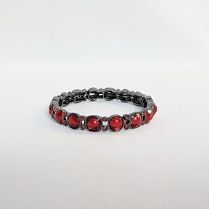 Jewelry - 💢3 for $25💢 Pewter & Ruby Red Stretch Bracelet